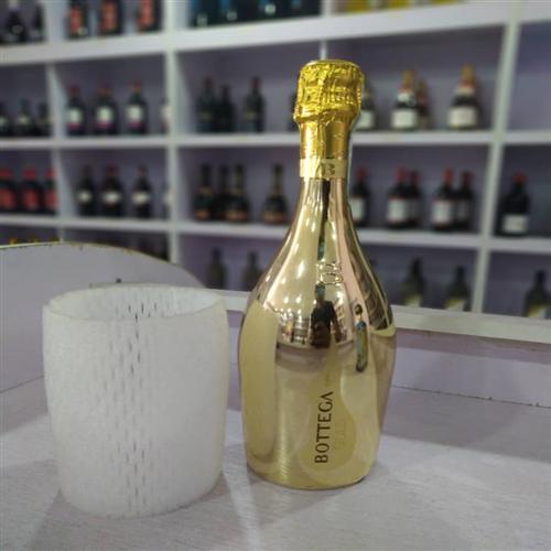 BOTTEGA GOLD LUXURY ALCOHOLIC WINE